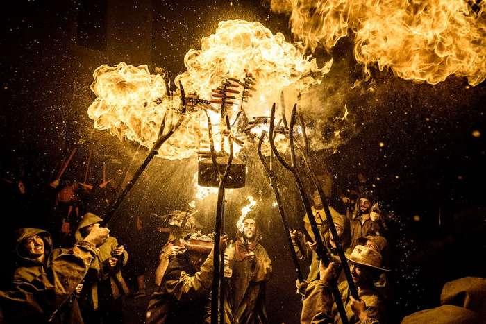 Дыхание огнем и испанский праздник Санта-Текла
