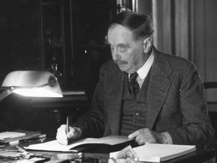 Фантаст-пророк: сбывшиеся предсказания Герберта Уэллса