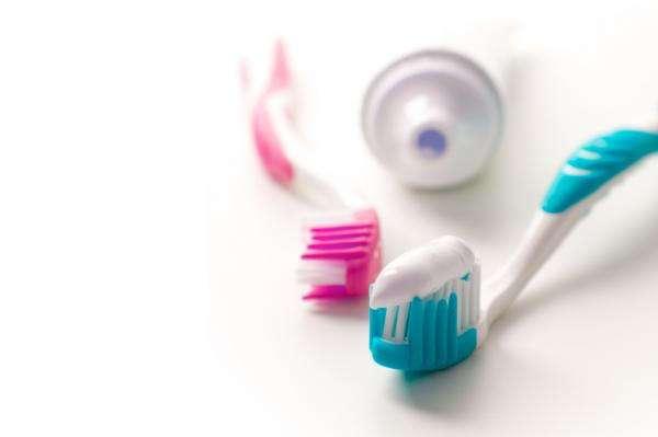 Как использовать зубную пасту не по назначению