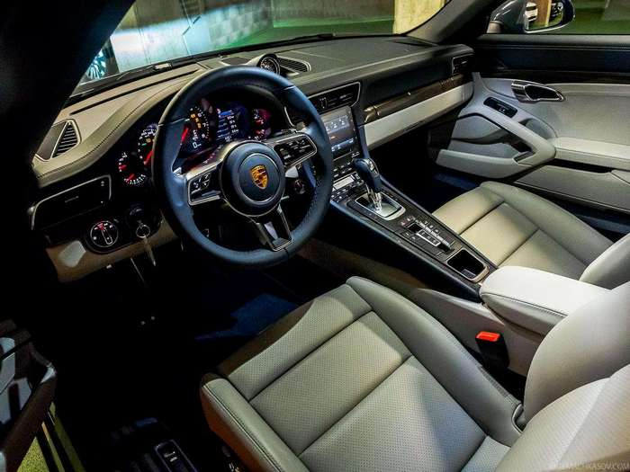 Как устроена аренда элитных авто в Европе