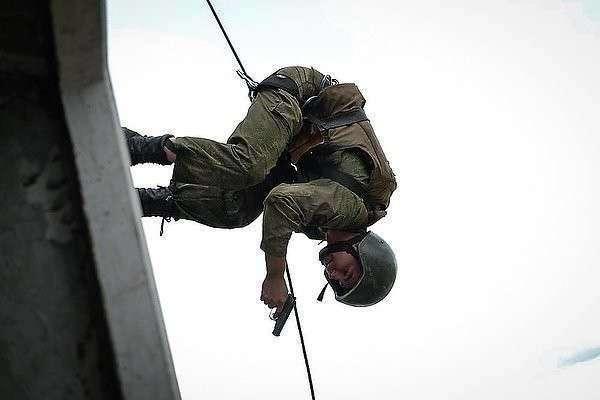 Спецназ пройдет испытания на краповый берет