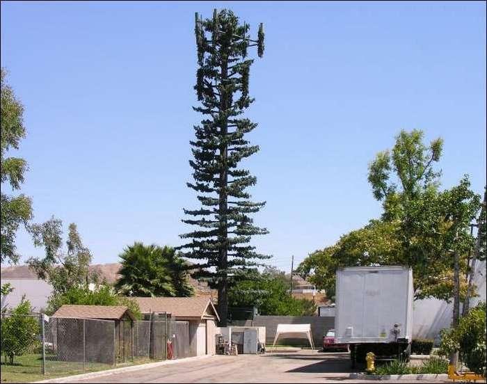 Маскировка вышек сотовой связи.