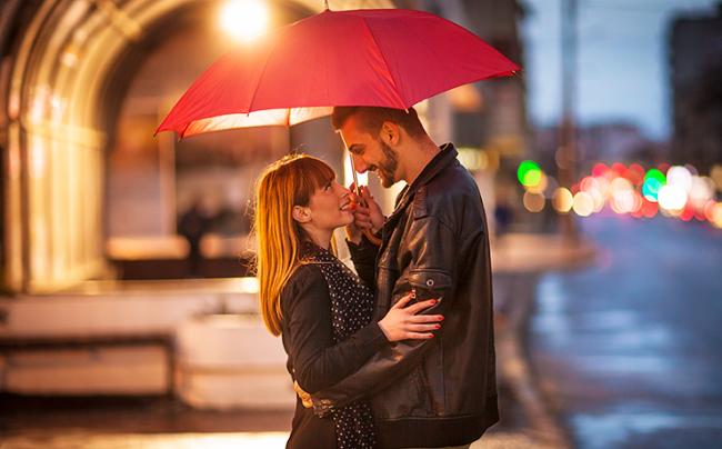 Как влюбить его в себя: 10 способов, которые сработают с любым мужчиной!