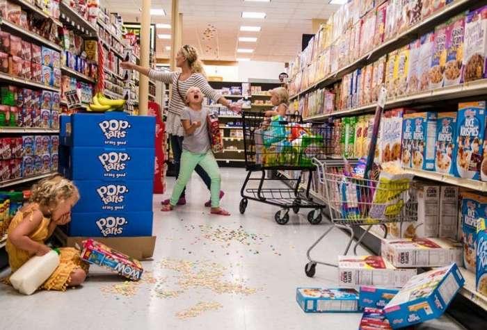 Теперь понятно, почему продавцы магазинов недолюбливают детей
