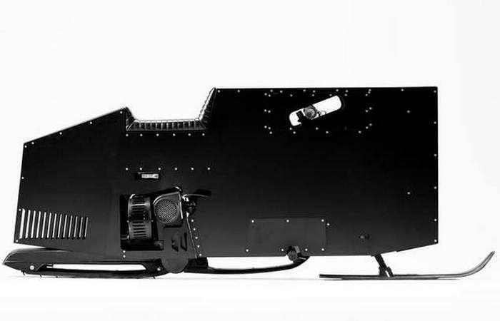 Готовь сани летом: снежный байк футуристического дизайна