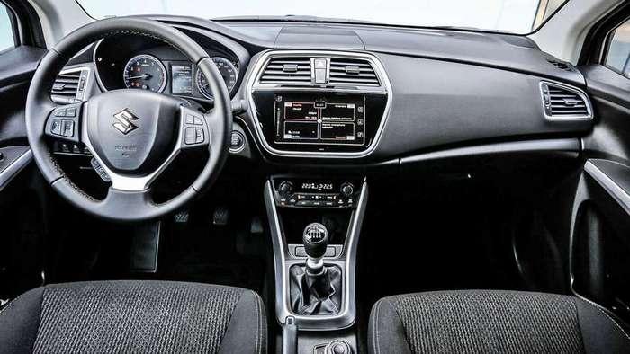 Обновлённый паркетник Suzuki SX4
