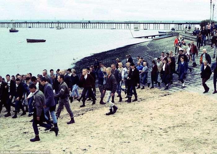 Анархия в Соединенном Королевстве: любопытные фото скинхедов 30-летней давности