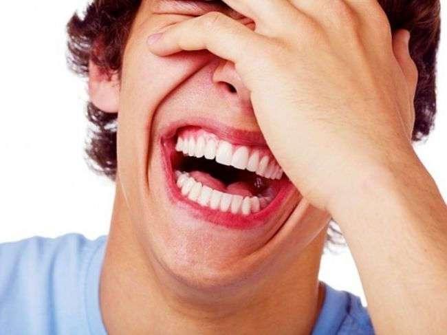 ТОП-8 людей, которые реально умерли от смеха