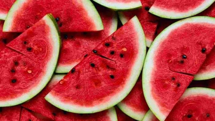 Как выбирать арбуз: 6 простых и верных признаков зрелости