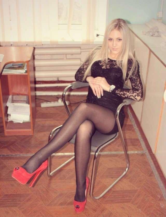 Девушки с отличными ногами