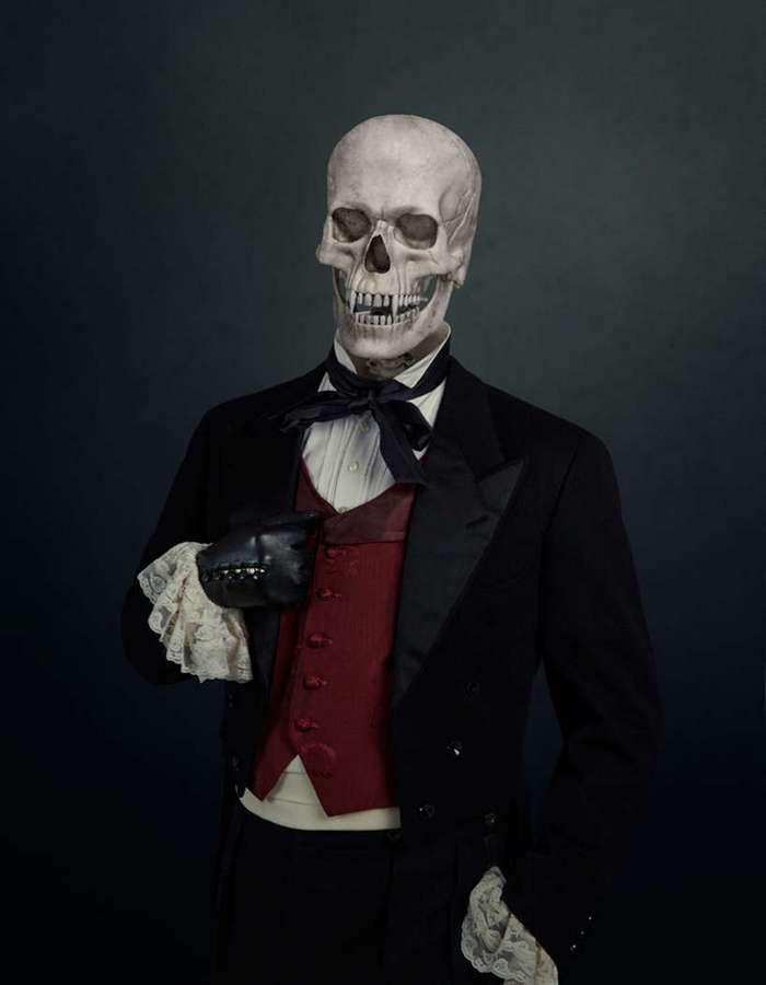 Скелеты знаменитых кино-злодеев