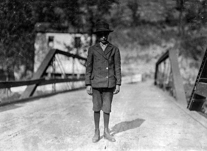 Детский труд в Америке XX века: фотографии детей на угольных и цинковых шахтах