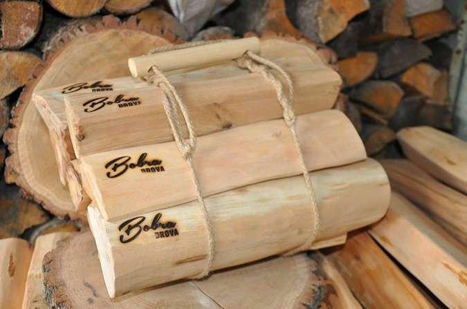 В Киеве продают дизайнерские дрова
