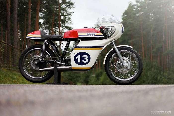 Гоночный мотоцикл ИЖ Ш-12
