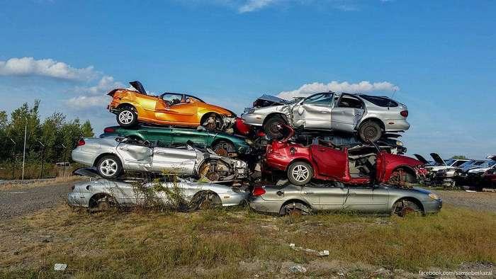 Самая большая авторазборка в мире, или как умирают автомобили в Америке
