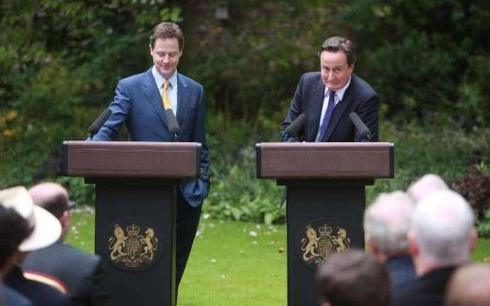Чем британцам запомнилось премьерство Дэвида Кэмерона