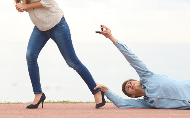 «Нет» означает что угодно: 7 мужских историй о женских отказах