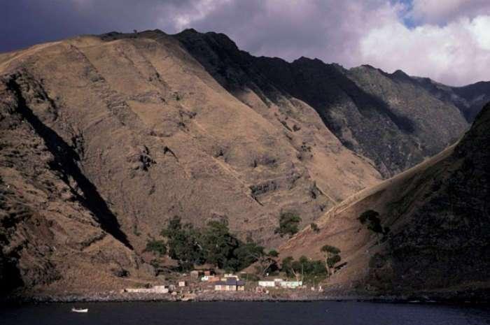 История пирата, прожившего больше 4 лет на необитаемом острове, которая вдохновила Даниеля Дефо