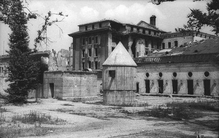 Бункеры Гитлера и Сталина