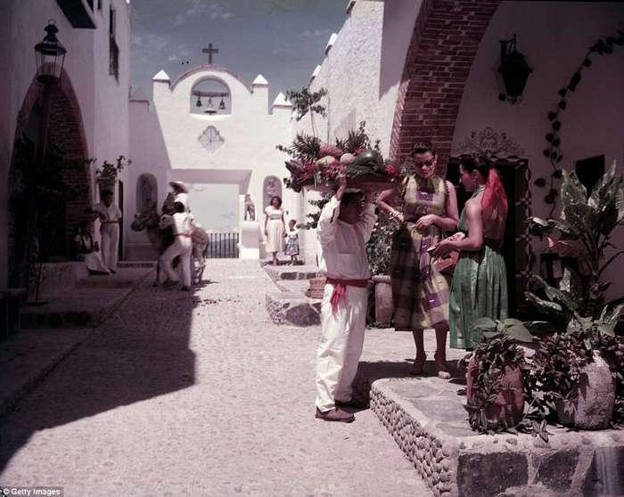 Мексиканская Ривьера 1950-х: как выглядел знаменитый курорт Акапулько, прежче чем стал полем битвы наркодиллеров