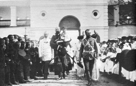 Кто охранял Николая II