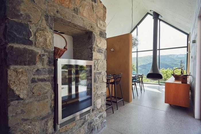 Реставрация частной резиденции в сельской местности в Словении
