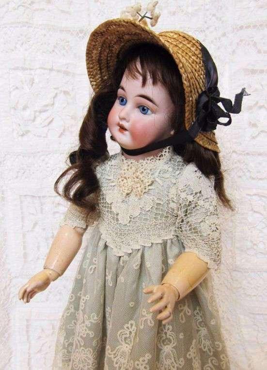 Антикварные куклы - красота и роскошь для ценителей
