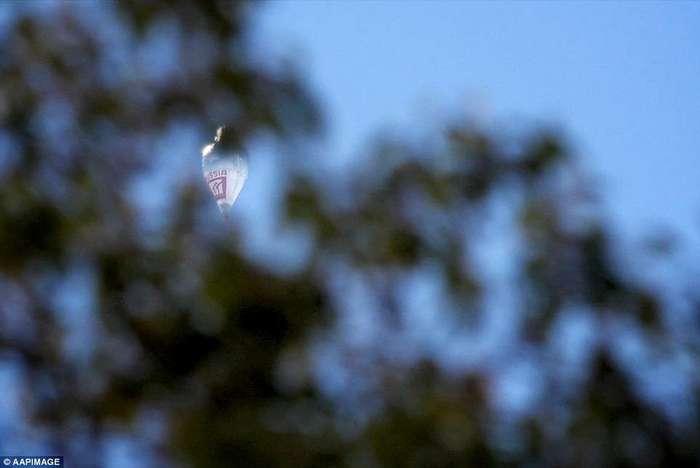 Российский священник Фёдор Конюхов установил мировой рекорд кругосветного путешествия на воздушном шаре
