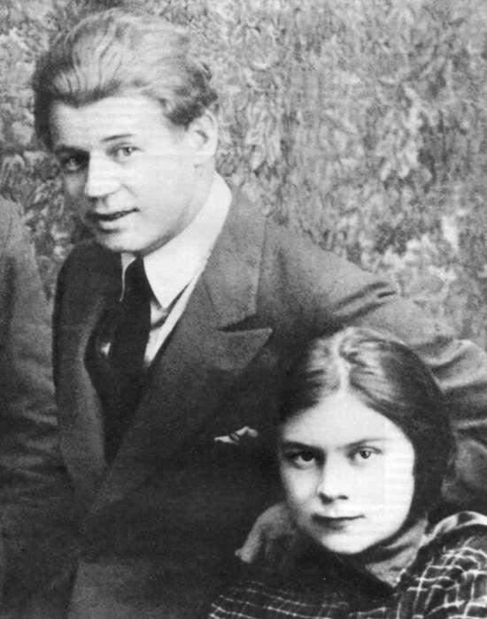 Сергей Есенин и Софья Толстая: бунтарско-аристократический роман