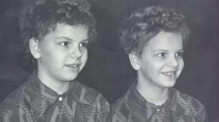 Пробы близнецов на роль Сыроежкина и Электроника