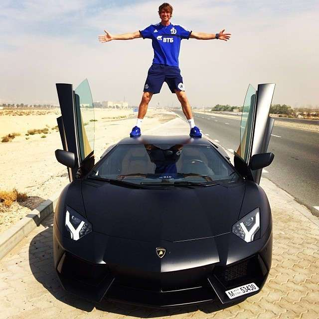 Самые неожиданные фотографии российских футболистов из Instagram