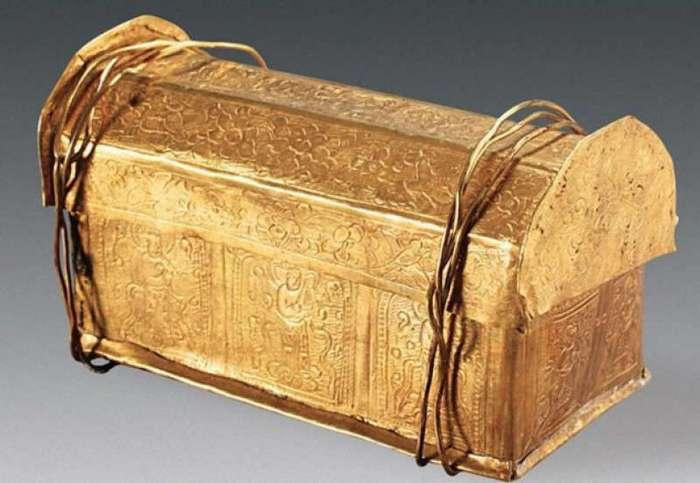 10 секретов, обнаруженных в склепах со всего мира