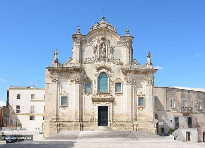 Древний город Матера – один из первых населенных пунктов в Италии