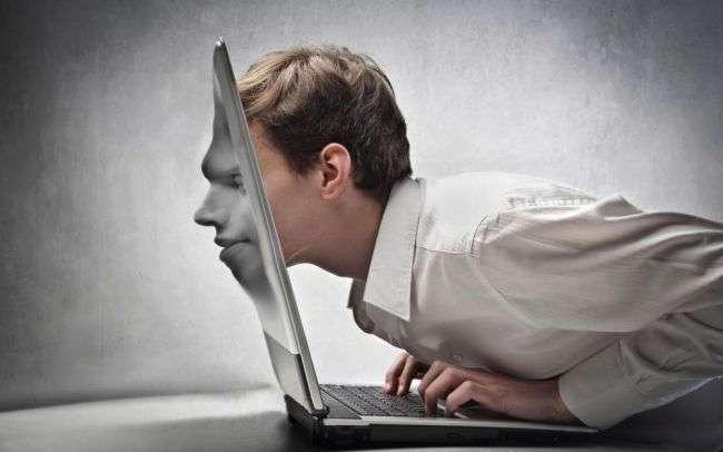 Интернет-зависимость затмила наркоманию: как компьютер сводит нас с ума