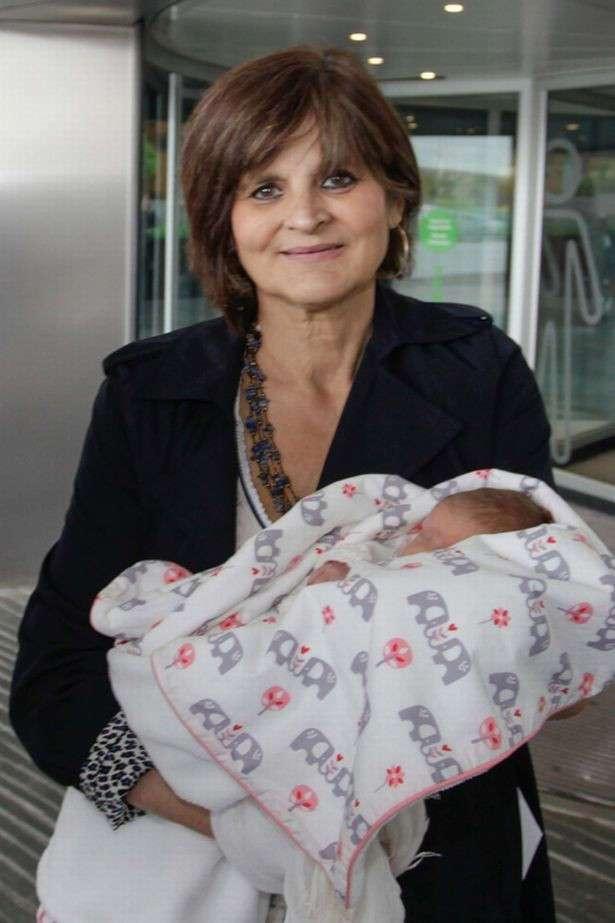 Испанка в 62 года родила долгожданную дочку