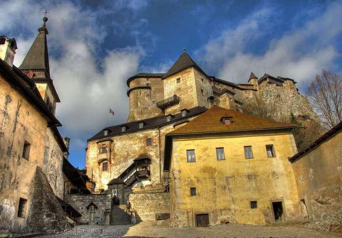 Замки Словакии: Оравский град