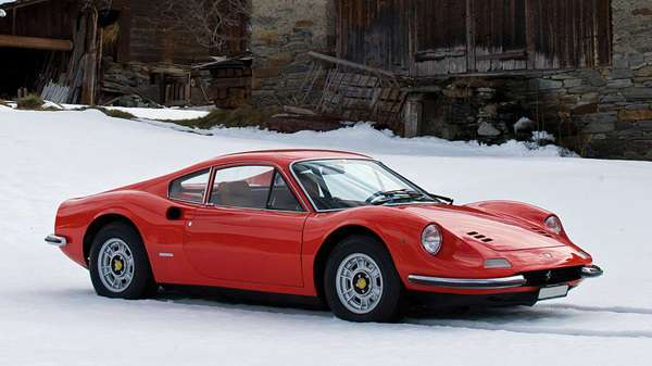 Ferrari 246GT Dino 1973 года и немного ржавчины.