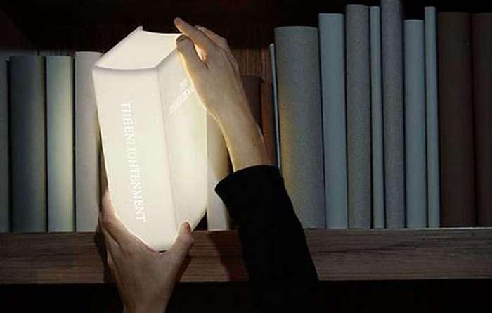 16 приятных и необычных подарков для тех, кто очень любит книги