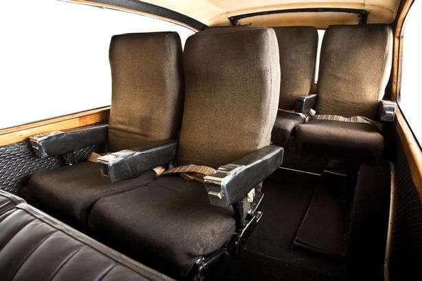 Лимузин Джона Леннона с самолетными креслами уйдет с молотка в Лондоне