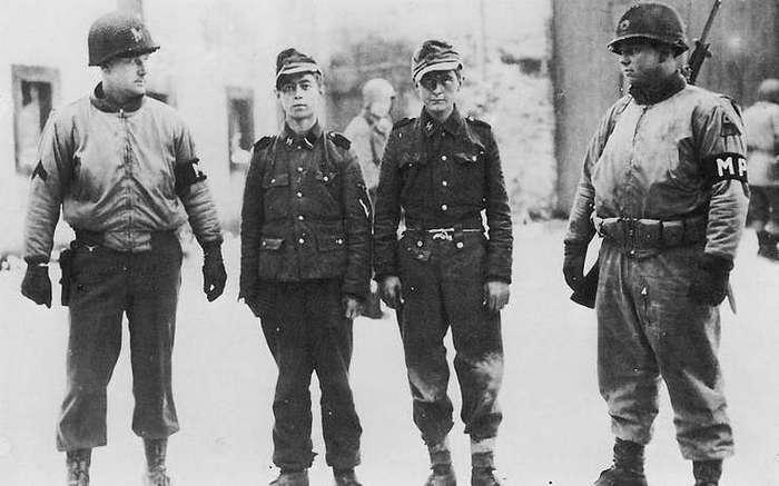 Как и кто воевал после капитуляции Германии