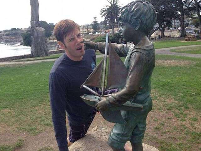 Забавные картинки с памятниками