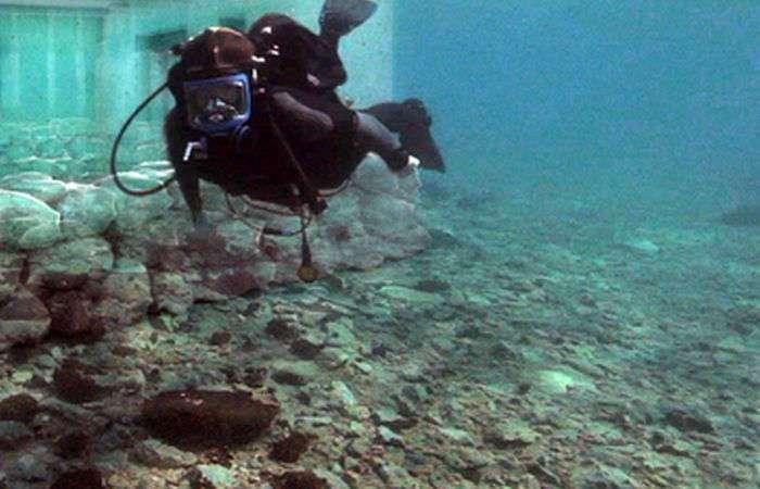 Древние артефакты, обнаруженные в морских глубинах