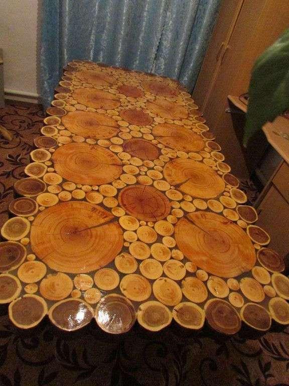 Столы из спилов сосны,кедра и карагача