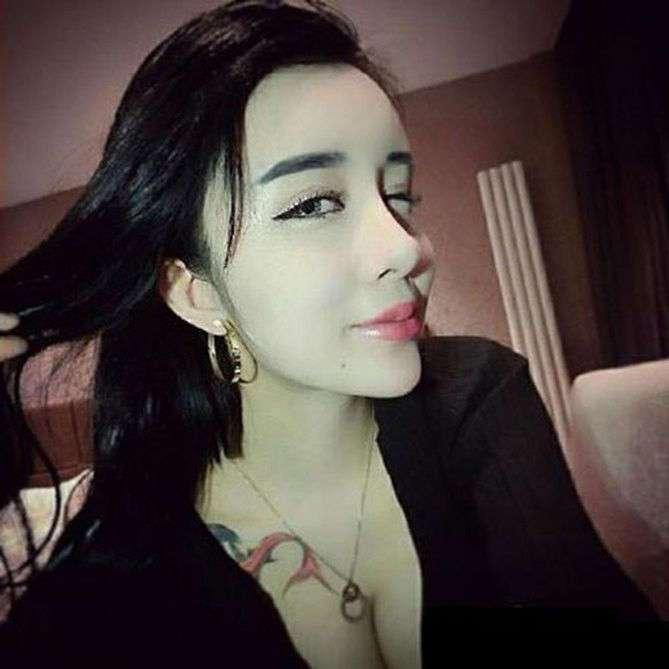 15-летняя китаянка пережила массу пластических операций, чтобы вернуть бойфренда