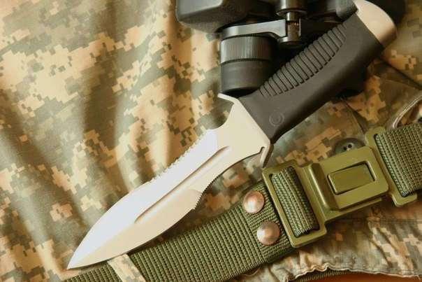 Кто чем режет: ножи спецслужб России