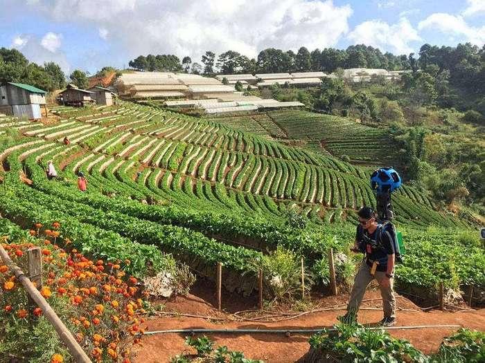 Юноша прошел пешком 500 километров, чтобы запечатлеть красоту труднодоступных мест Таиланда
