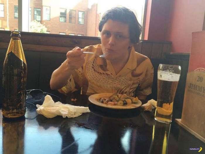 Испытание безлимитных блюд жадностью