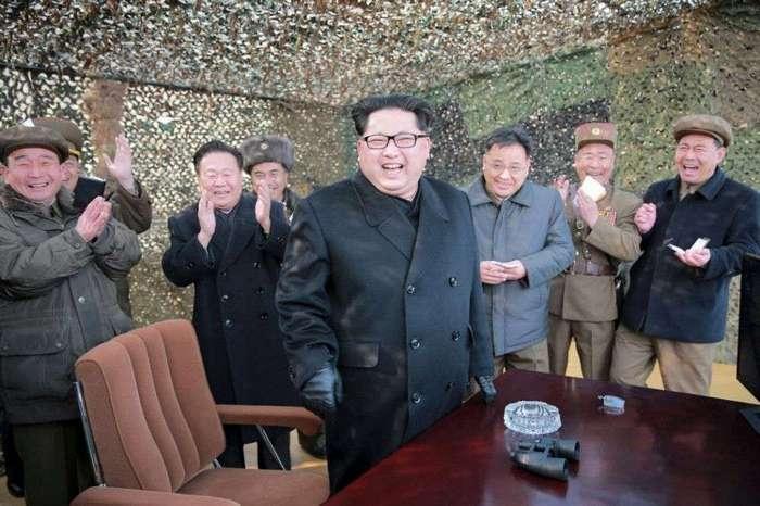Ядерная улыбка КНДР – фоторепортаж