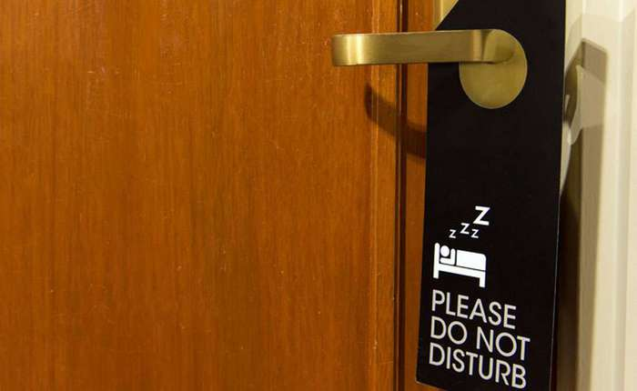 Как не дать украсть информацию о себе и деньги в отеле