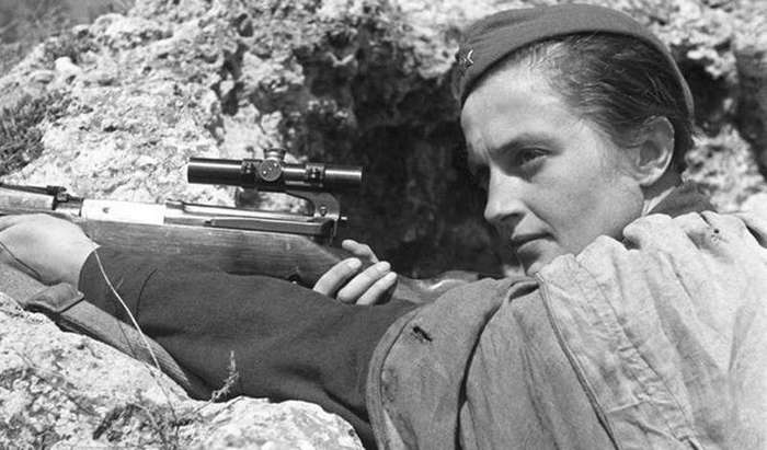 Людмила Павличенко: самая результативная снайперша мира, которую немцы прозвали «Русская смерть»